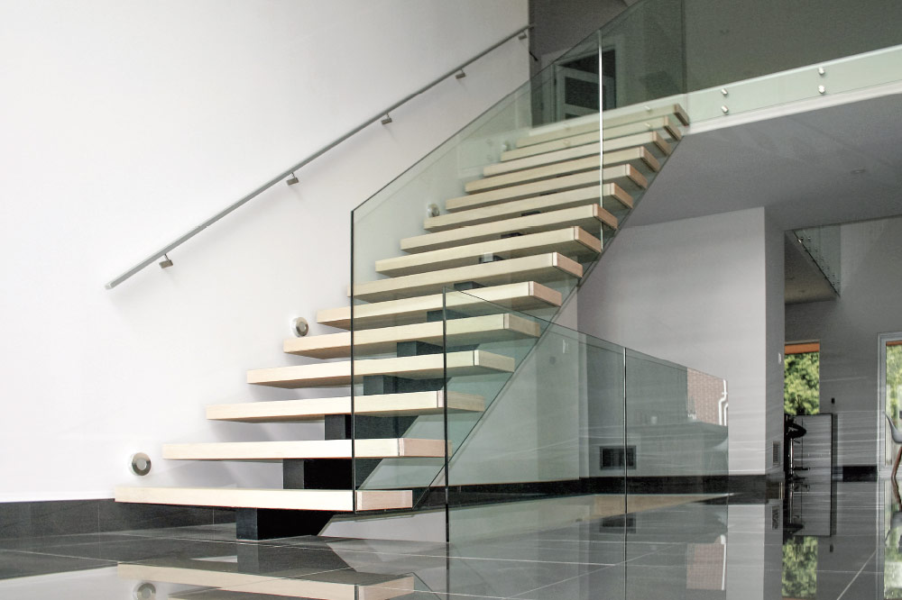 Mono Stringer / Box Steps / Glass Mount Handrail / Round Stainless Steel  Handrail
