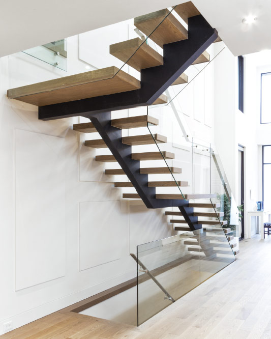 Mono Stringer / Wood Box Steps / Glass Side Mount Handrails / Solid  Stainless Steel Handrails